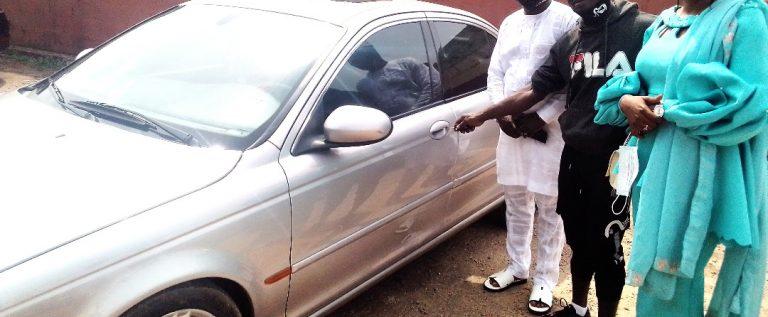 WBF Champion Oyetola Recieves N6 Million Car Reward