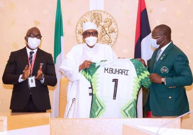 President Buhari Orders Pinnick, To Use Home-based Players In Super Eagles