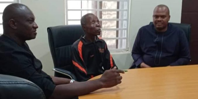 Enugu State Govt. Meets 1974 Commonwealth Blind Boxing Gold Medallist, Stephen Ogbo