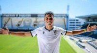 Eto'o Completes Move To  Portuguese Club, Vitoria Guimaraes